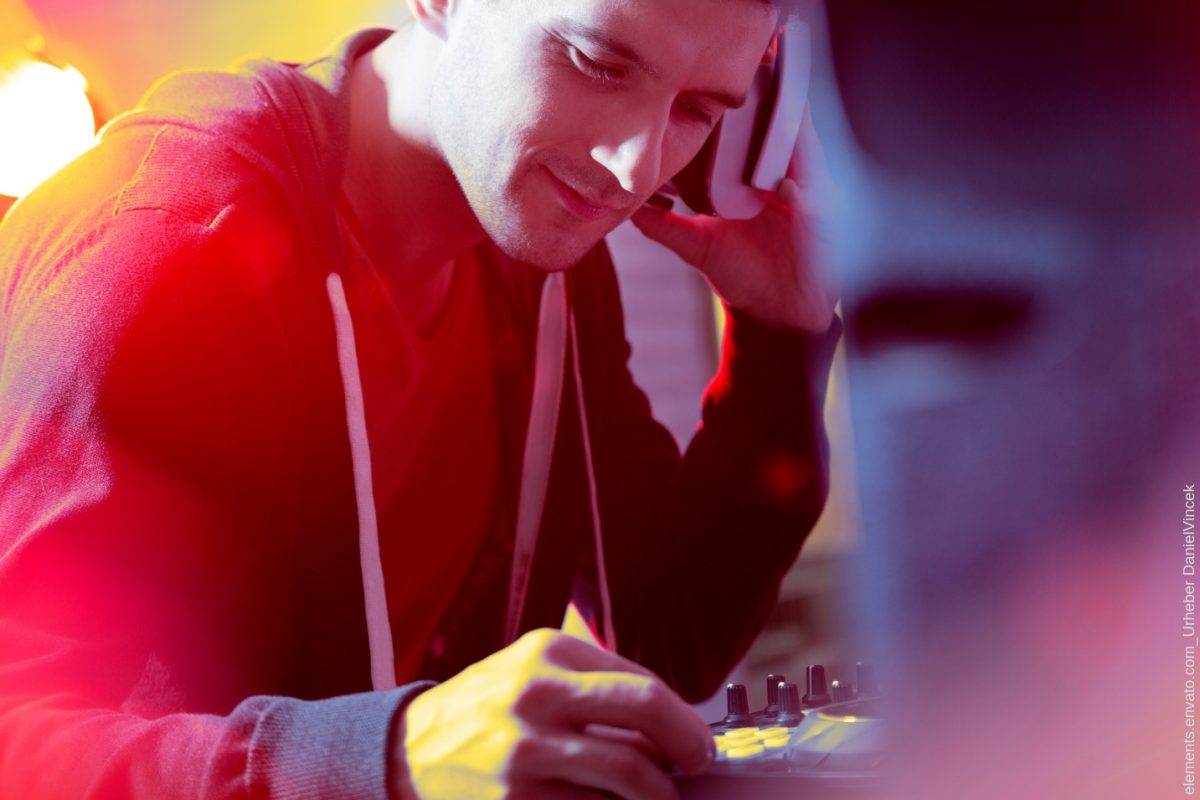 Wann muss ich als DJ Steuern zahlen? - DJ KIel