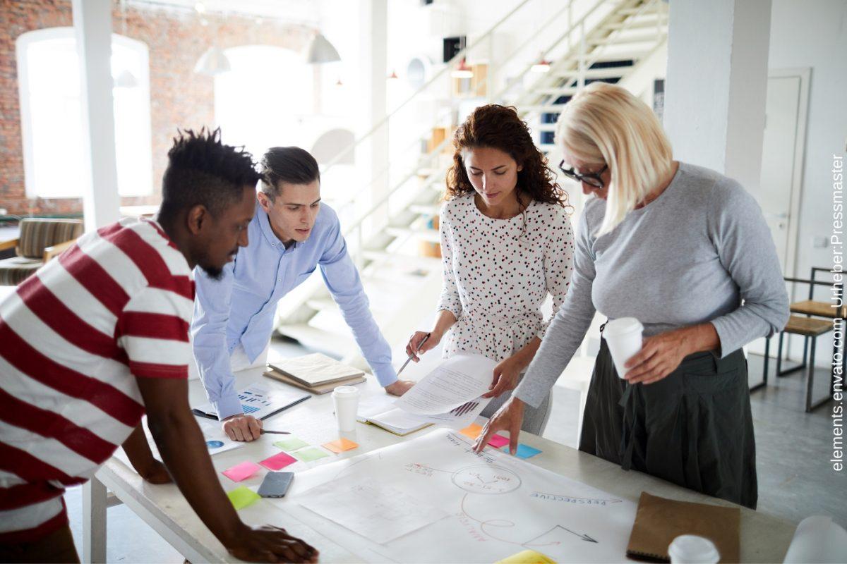 In dem Blogartikel erfahren Sie, warum Sie einen Bussinessplan benötigen. Ihnen wird zum Beispiel auch erklärt wie sie einen Businessplan schreiben.
