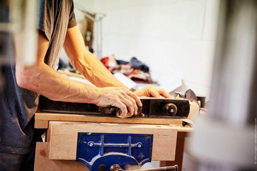 Wie Schweizer Massivholzmöbel von WOAK den deutschen Markt erobern